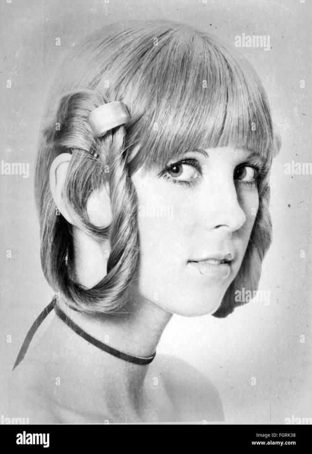fashion, 1970s, hair styles, woman's haircut, 1970 stock