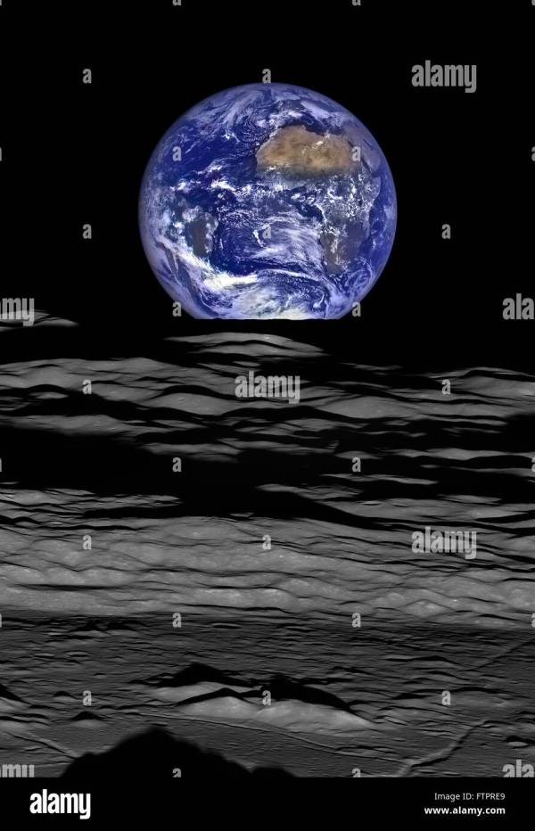 An Earthrise seen from the vantage point of Nasa's Lunar ...
