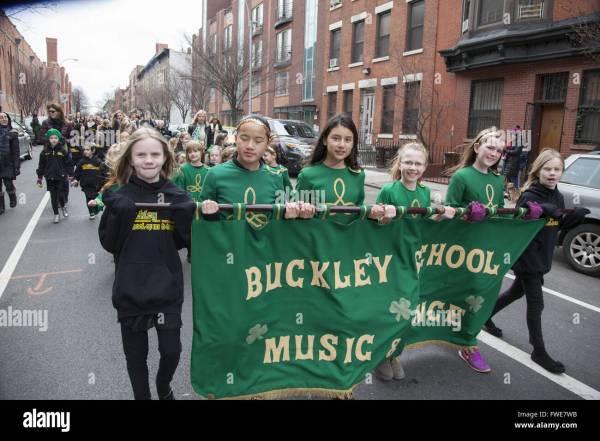 Green Irish Dance Dresses Stock Photos & Green Irish Dance ...