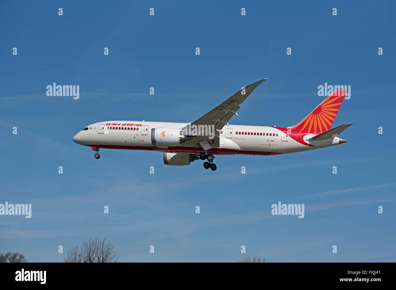 Boeing 787 Dreamliner Landing Gear Stock Photos Amp Boeing