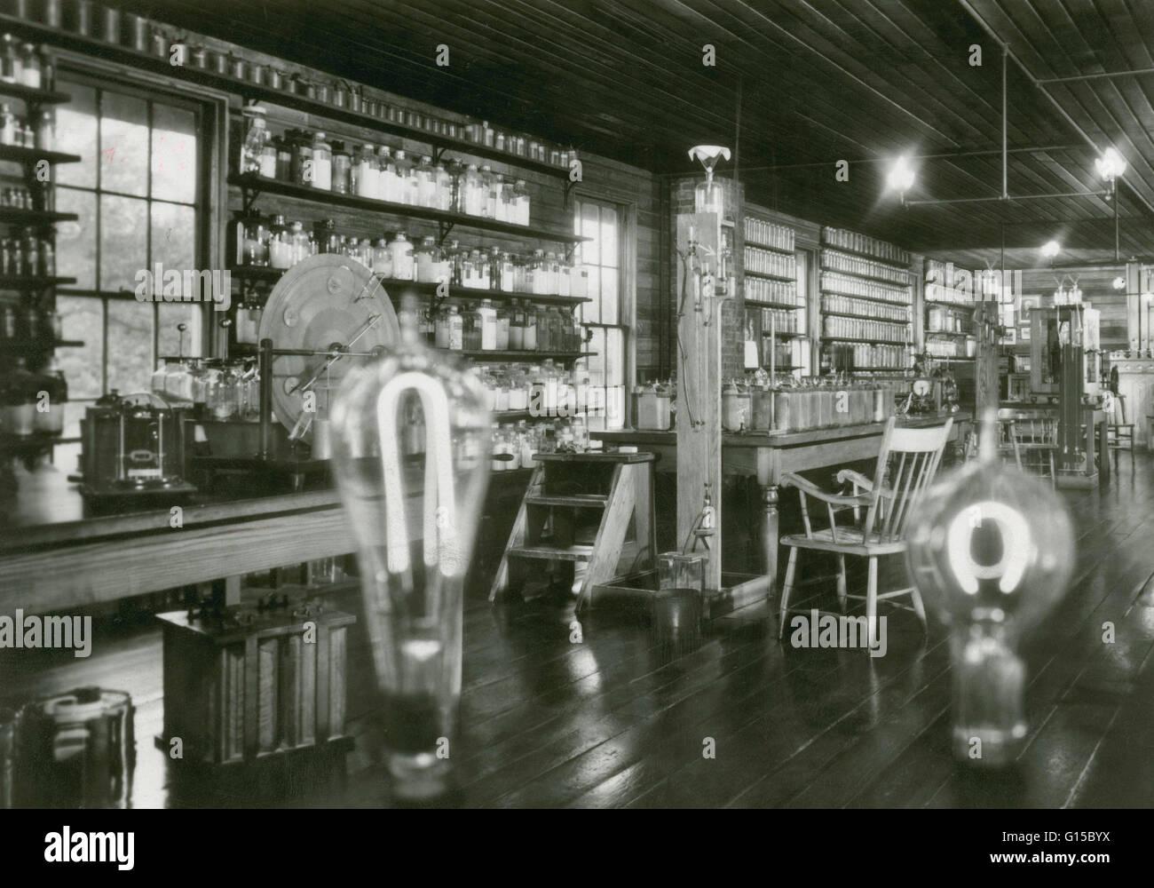 Edisons Light Bulb