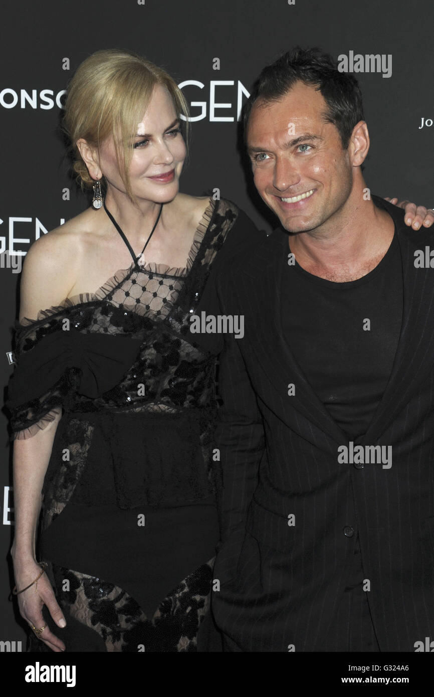 Image result for Nicole Kidman and Jude Law