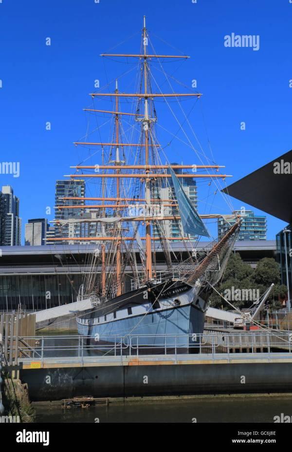 Historical sailing ship Polly Woodside at South Wharf ...