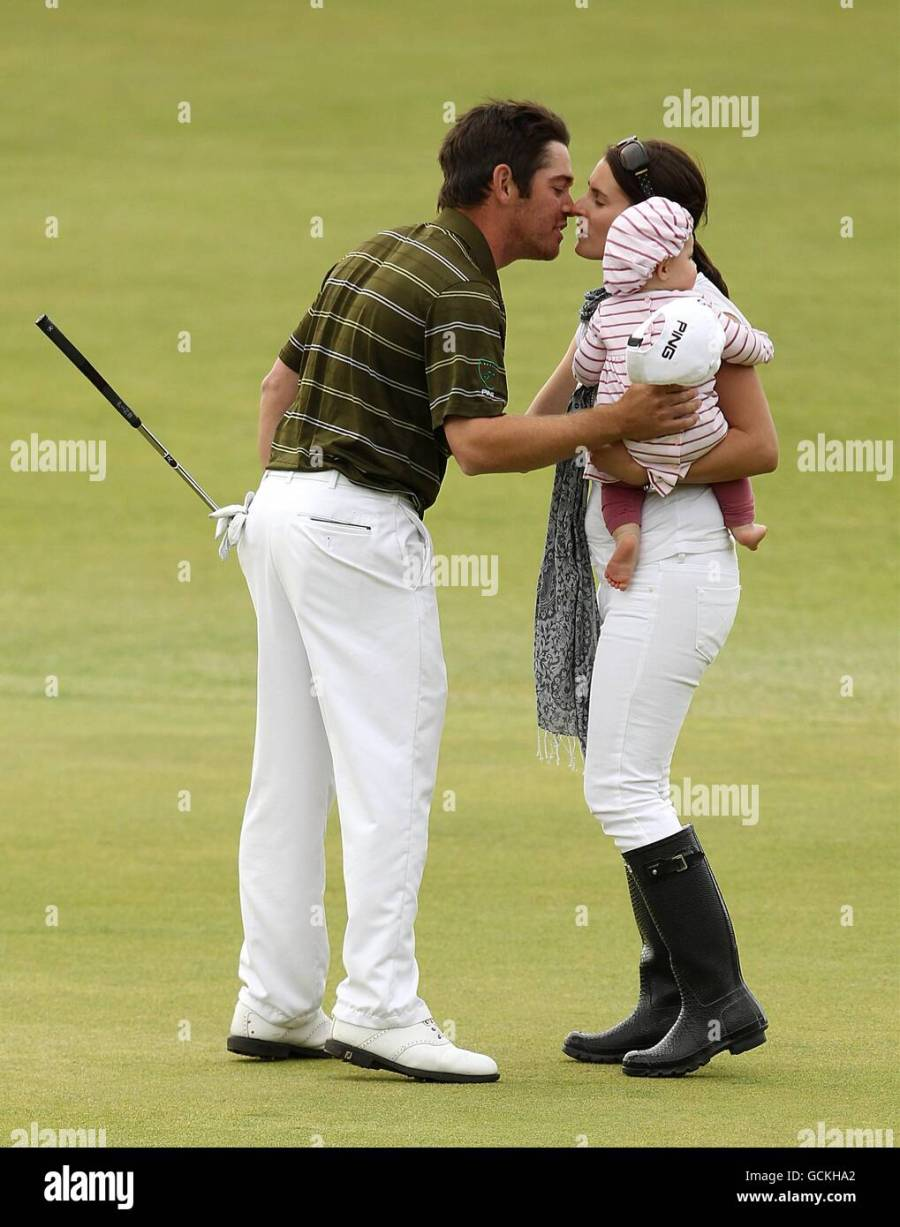 South Africas Louis Oosthuizen Celebrates With His Wife ...