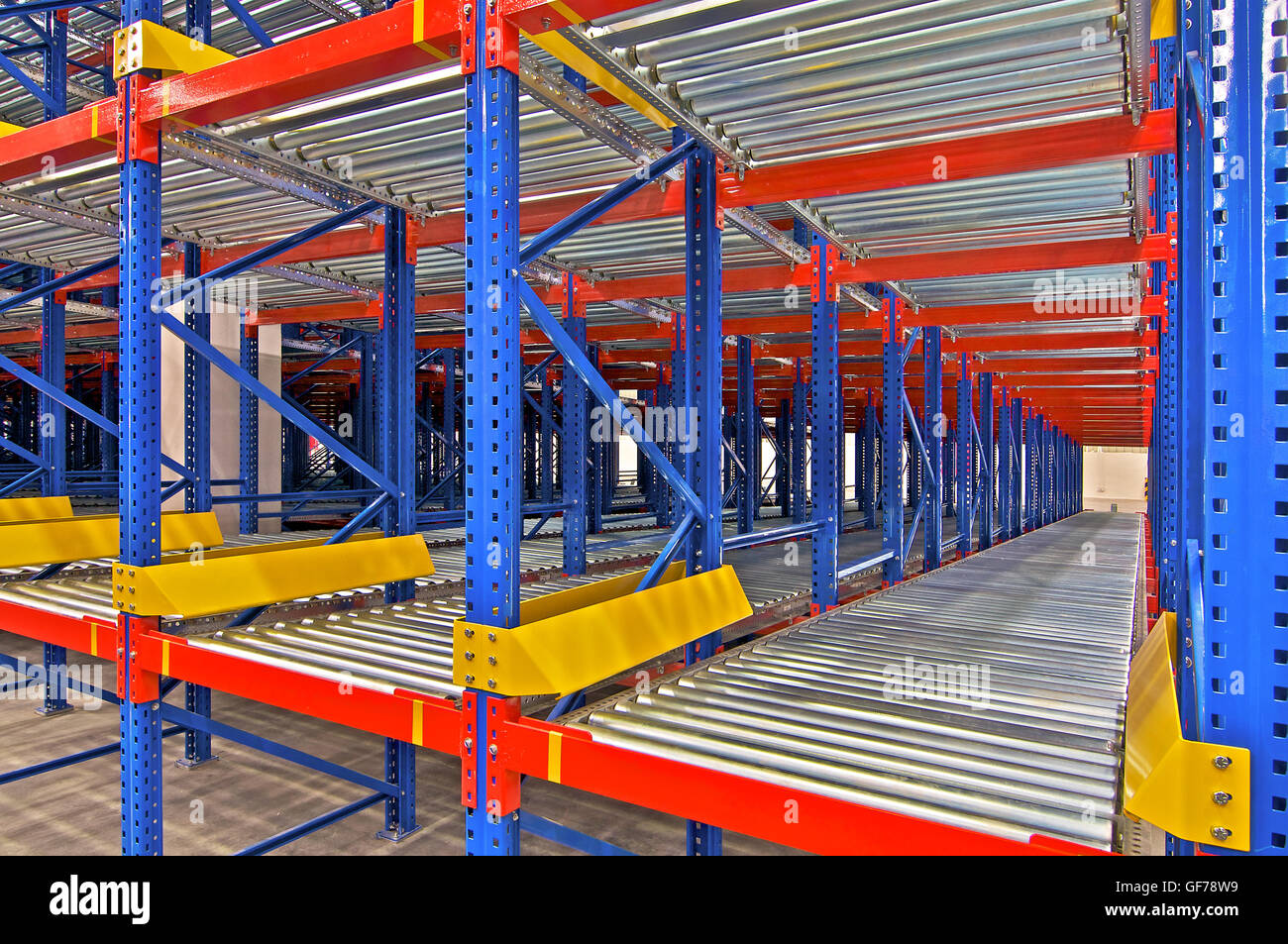 Distribution Center Warehouse Storage Shelving Metal Racking