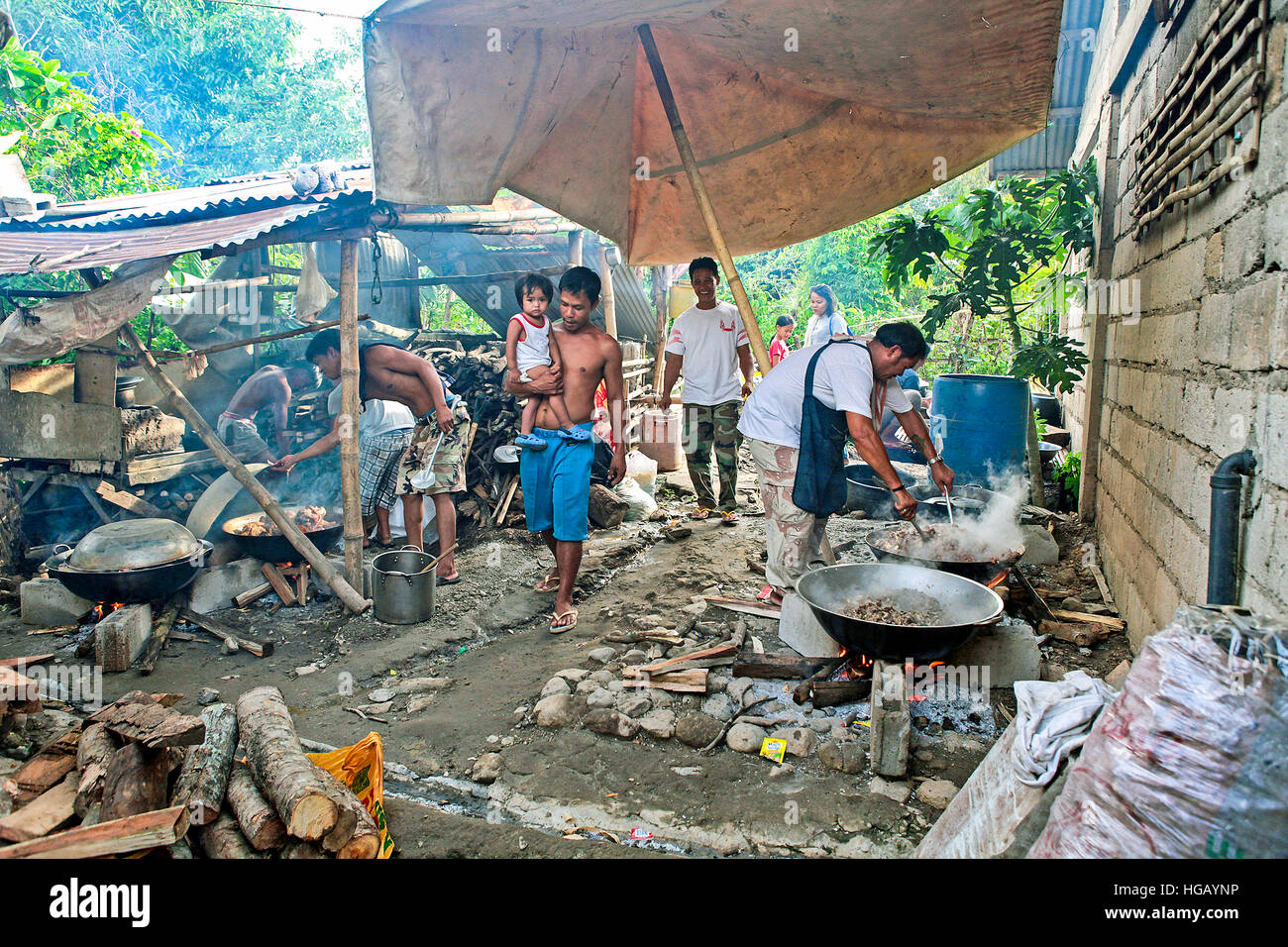 A trio of case studies sheds light on functional kitchen designs for families. Filipino extended families cook food in their outdoor ...