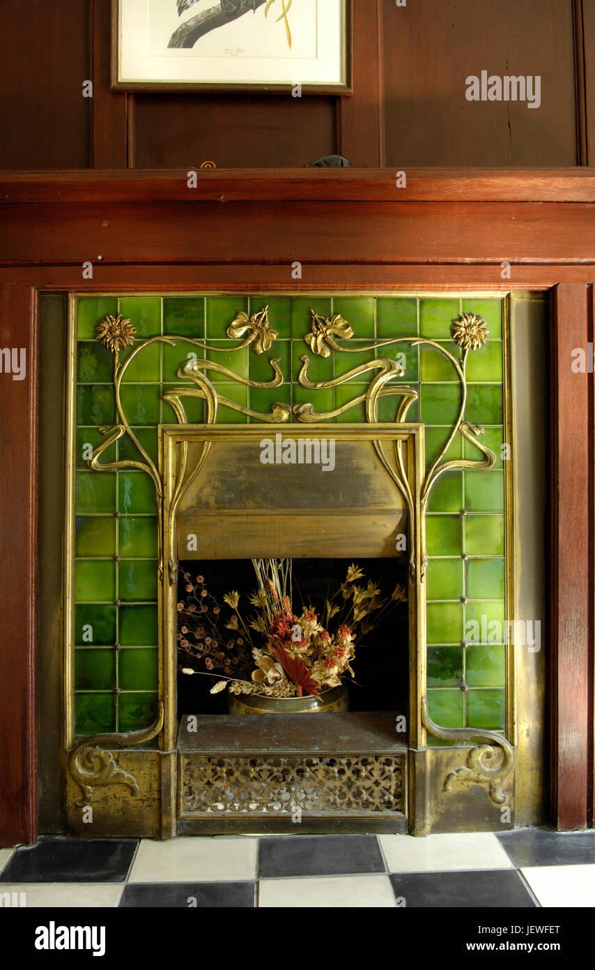 https www alamy com stock photo victorian fireplace 146849104 html