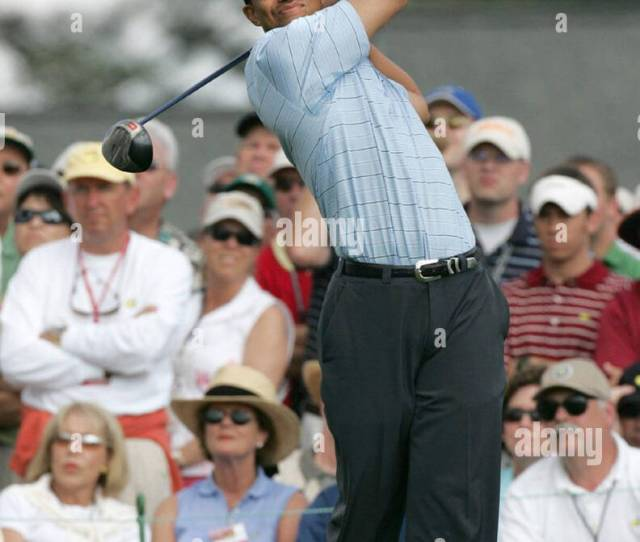 Augusta United States Former Masters Champion Tiger Woods Tees Off The 1st Hold In The Third Round Of The 2005 Masters Tournament At Augusta National