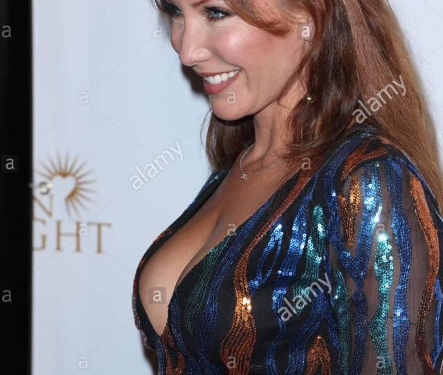 Jennifer Korbin Children Of The Night And Benchwarmers Annual Stars Stripes Event