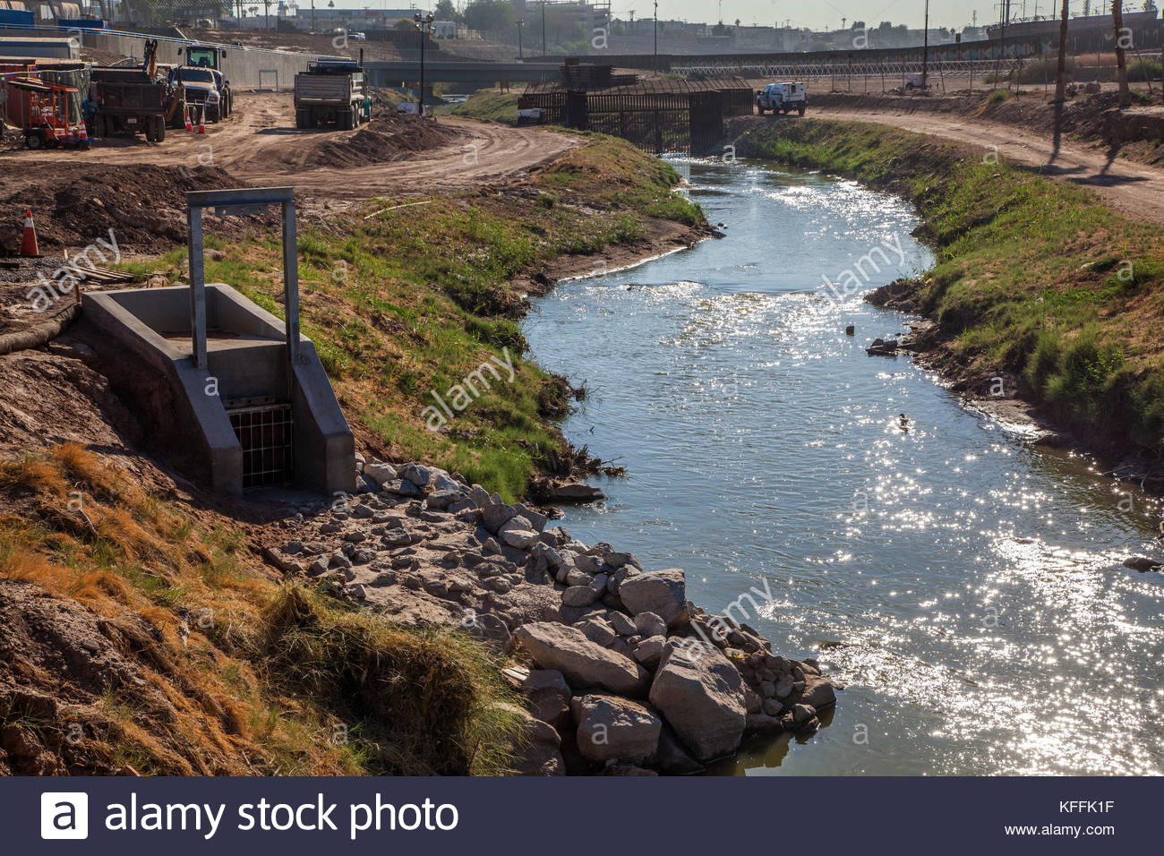 New River Mexicali Pollution