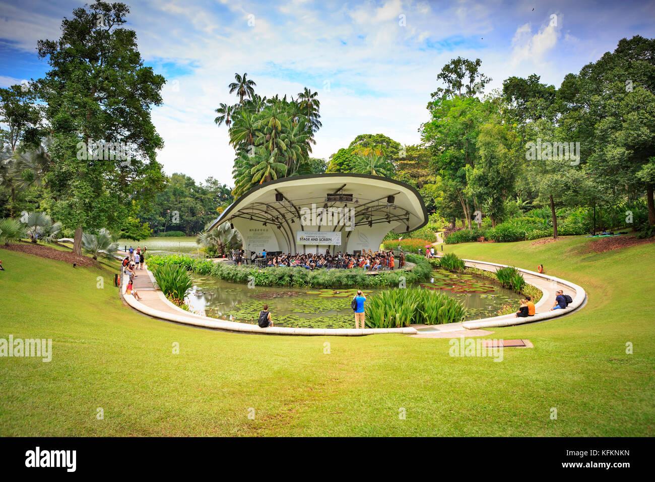 Singapore Botanical Garden Night