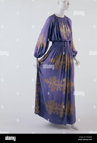 Dinner dress  Design House  House of Lanvin  French  founded 1889     Dinner dress  Design House  House of Lanvin  French  founded 1889    Designer  Jeanne Lanvin  French  1867 1946   Date  1939  Culture  French   Medium