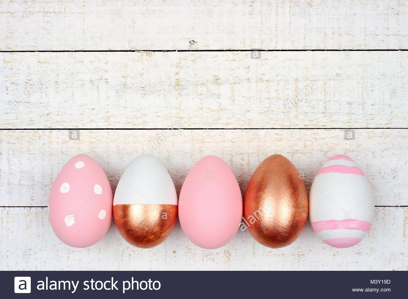White Eggs And Gold Stock Photos Amp White Eggs And Gold