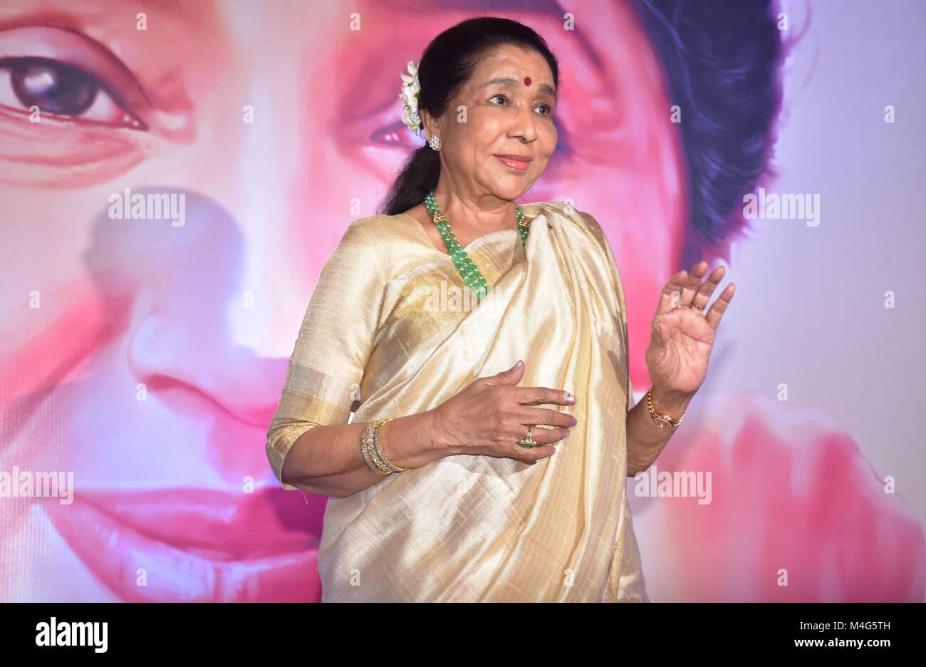 Indian Playback Singer Asha Bhosle Present At The 5th Yash Chopra Memorial Award At Hotel Jw Marriott Juhu In Mumbai Credit Azhar Khan Sopa Zuma