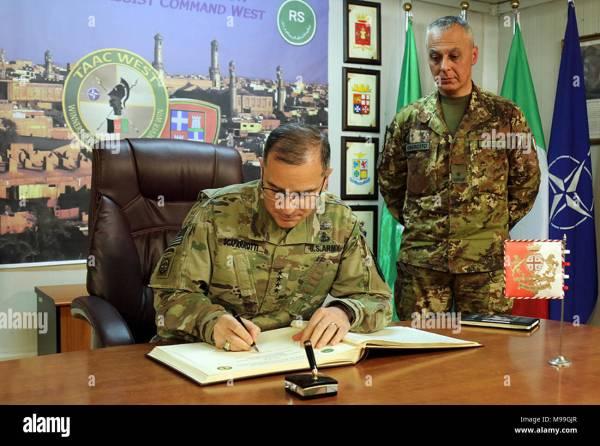 Natos Supreme Allied Commander Europe Stock Photos & Natos ...