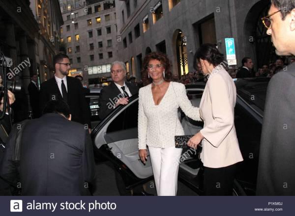 Sophia Loren. International guests arrive for the ...