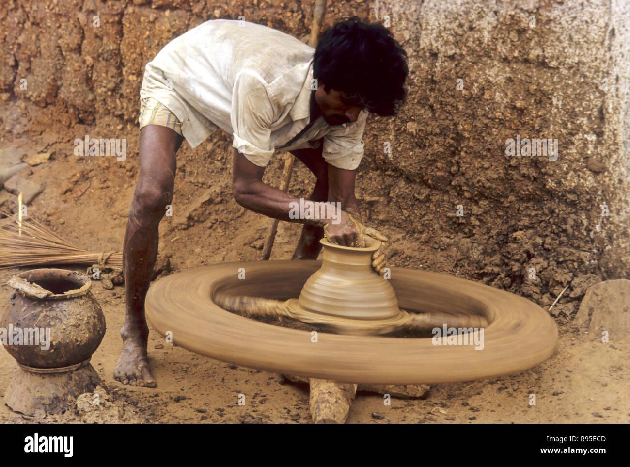 Mud Pot Maker