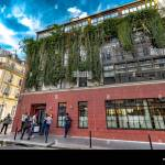 People Starting To Queue Outside Pink Mamma Italian Restaurant A Very Popular Restaurant With Several Floors Along Rue De Douai Pigalle Paris Stock Photo Alamy