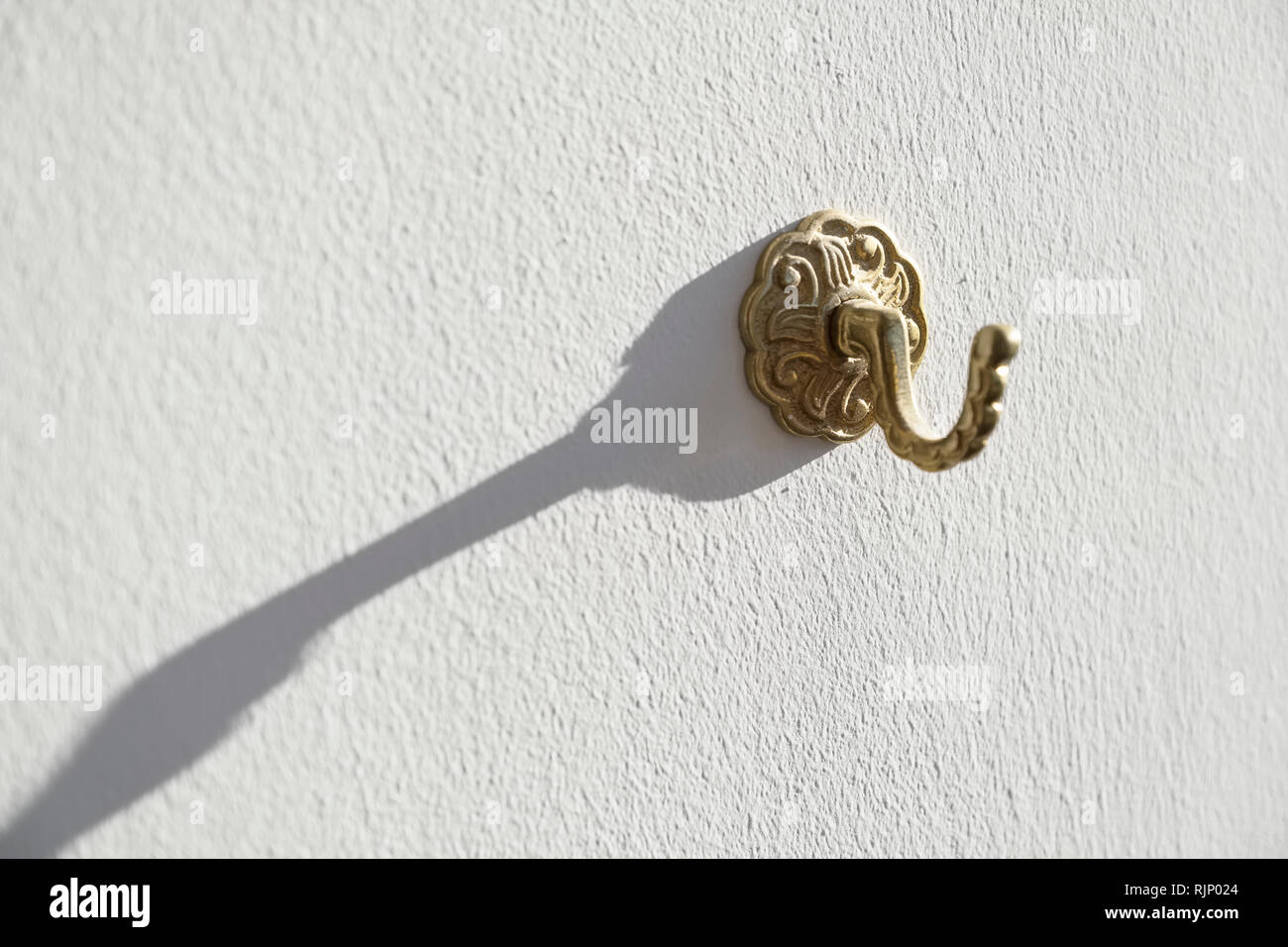 https www alamy com gold curtain tie back hook antique finish pattern image235281596 html