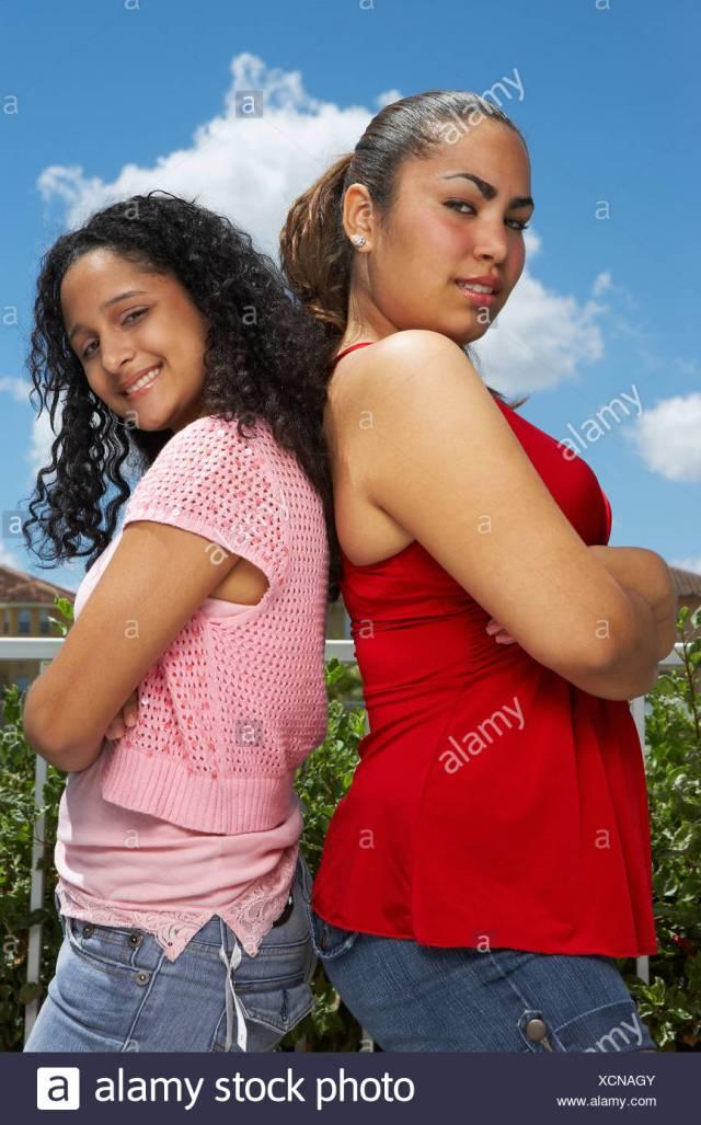 meet latinas