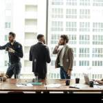 Zwei Manner In Einem Buro Stockfotos Und Bilder Kaufen Alamy