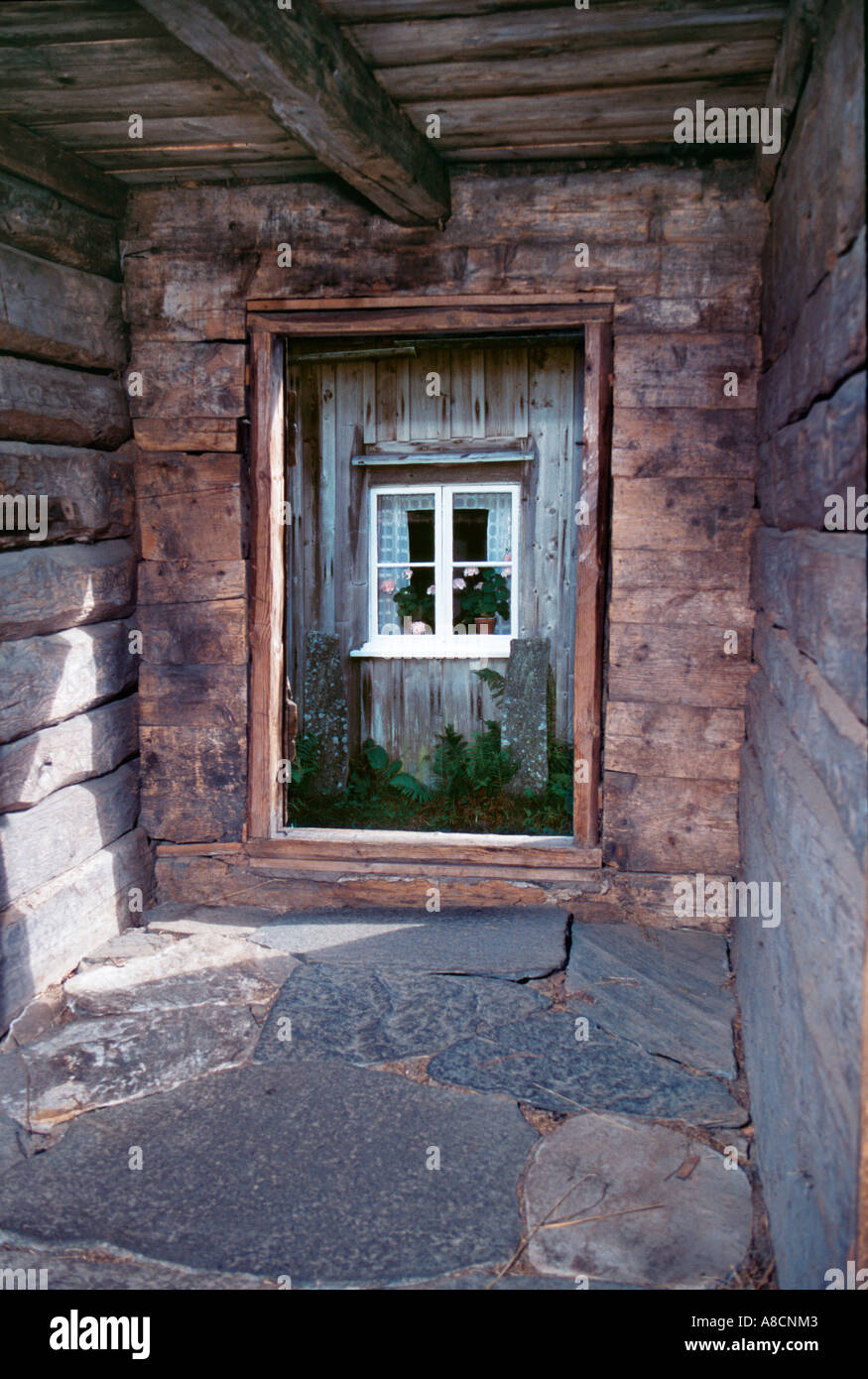 Rustikale Blockhütte Bauernhaus innen Stockfoto, Bild: 6892546 - Alamy