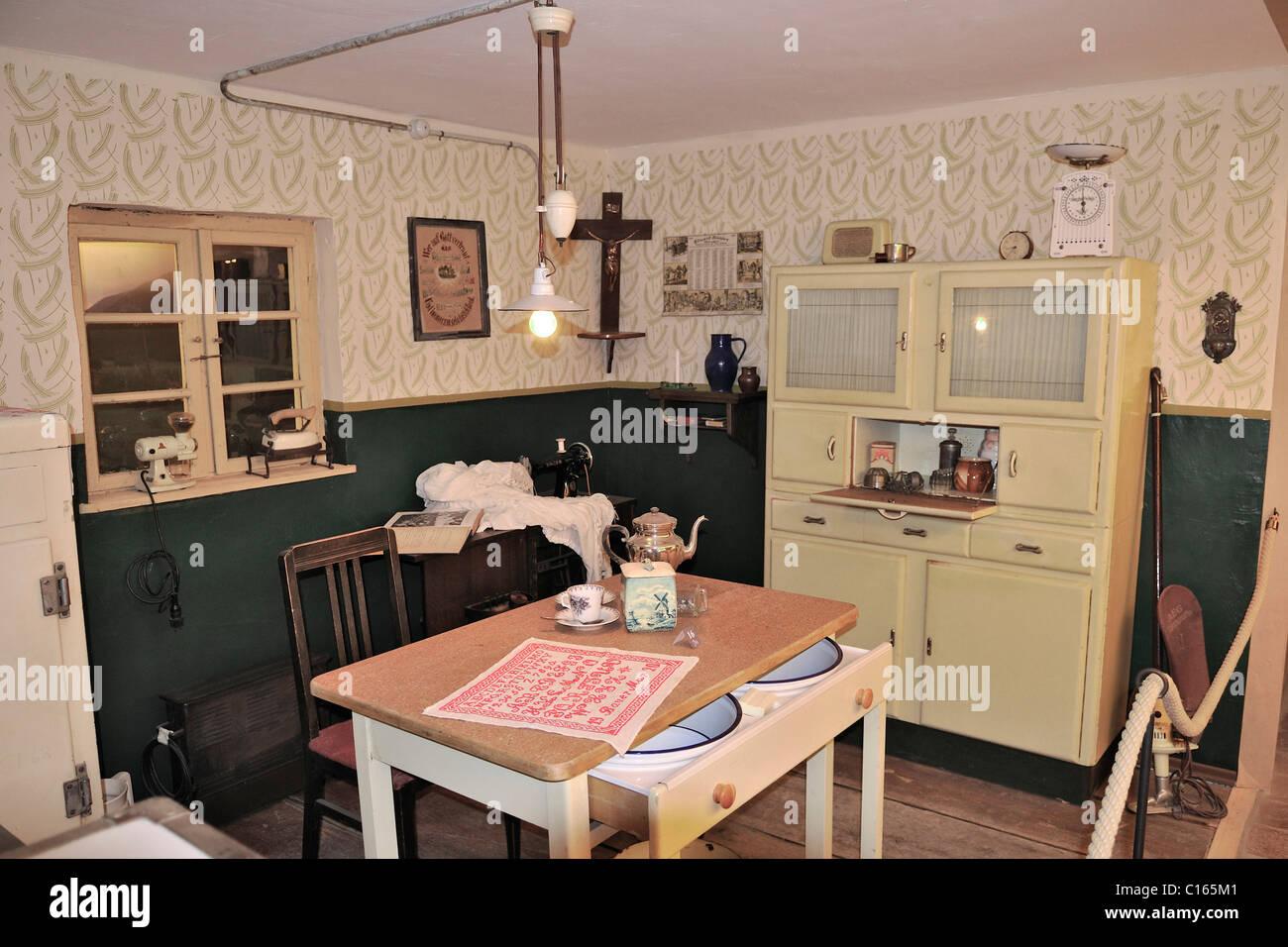 50er Jahre Stil Küche, Markus Wasmeier Bauernhof und Winter-Sport-Museum, See Schliersee, Bayern
