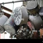 Altes Geschirr Als Dekoration Verwendet Andres Carne De Res Restaurant Bogota Kolumbien Stockfotografie Alamy