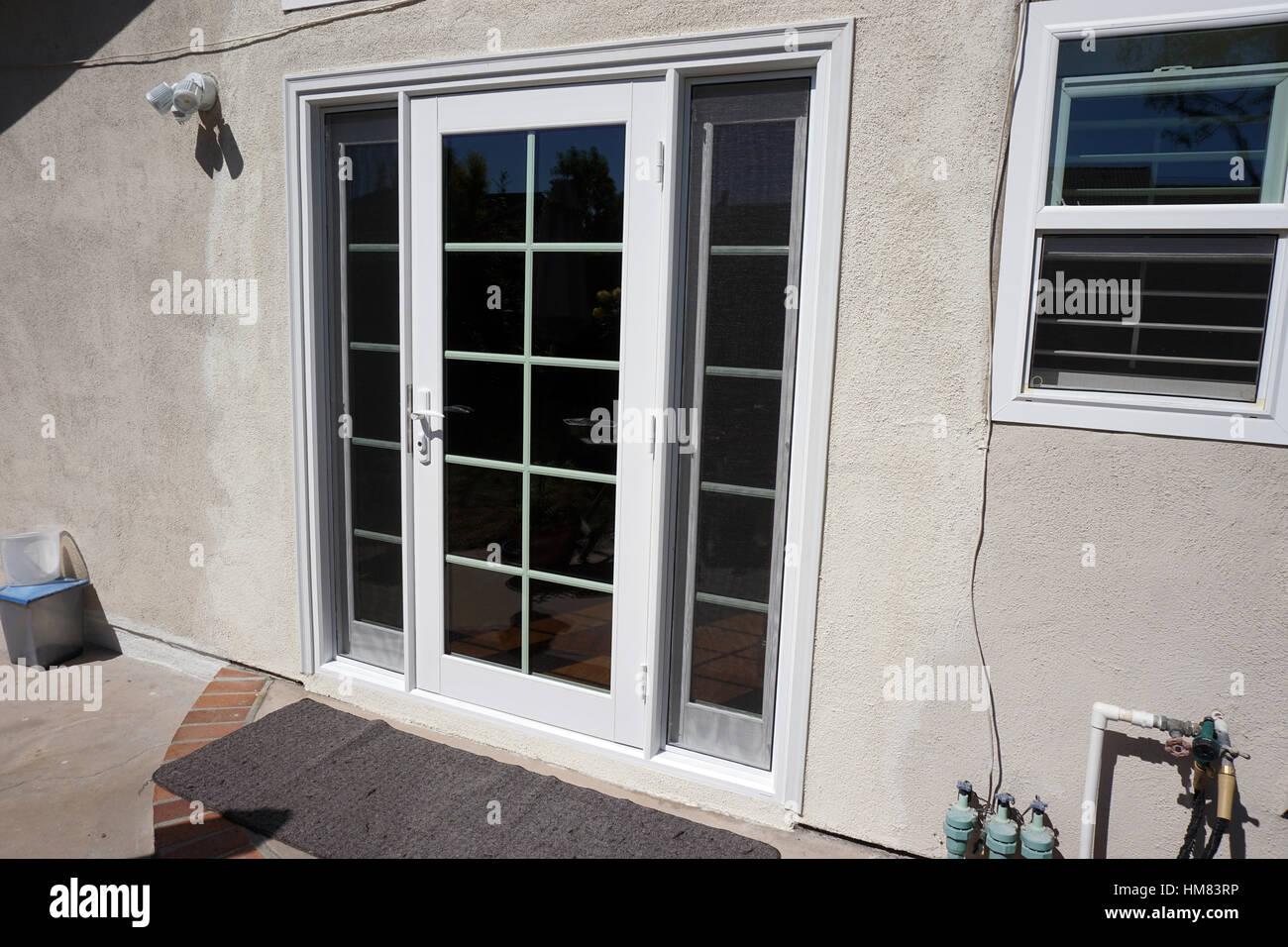https www alamy es foto las puertas de patio frances revestido de pvc 132944330 html
