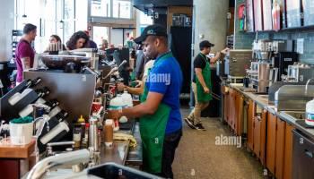 Resultado de imagen para foto de trabajadores de cafeteria en miami