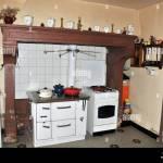 Ancienne Cuisine Avec Cheminee Et Four Auvergne France Photo Stock Alamy