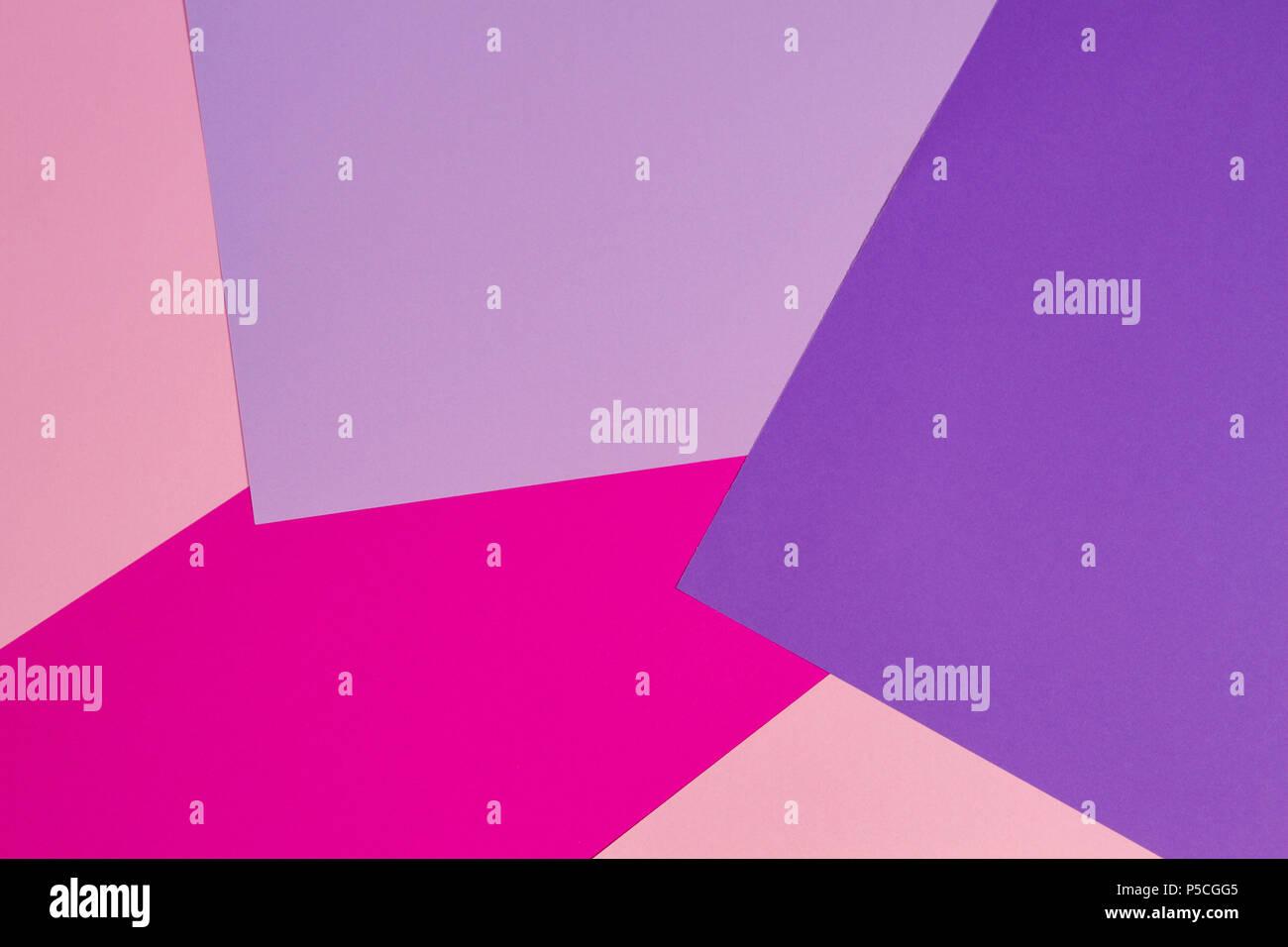 https www alamyimages fr documents couleur avec fond plat geometrie composition violet violet rose rose image209874117 html