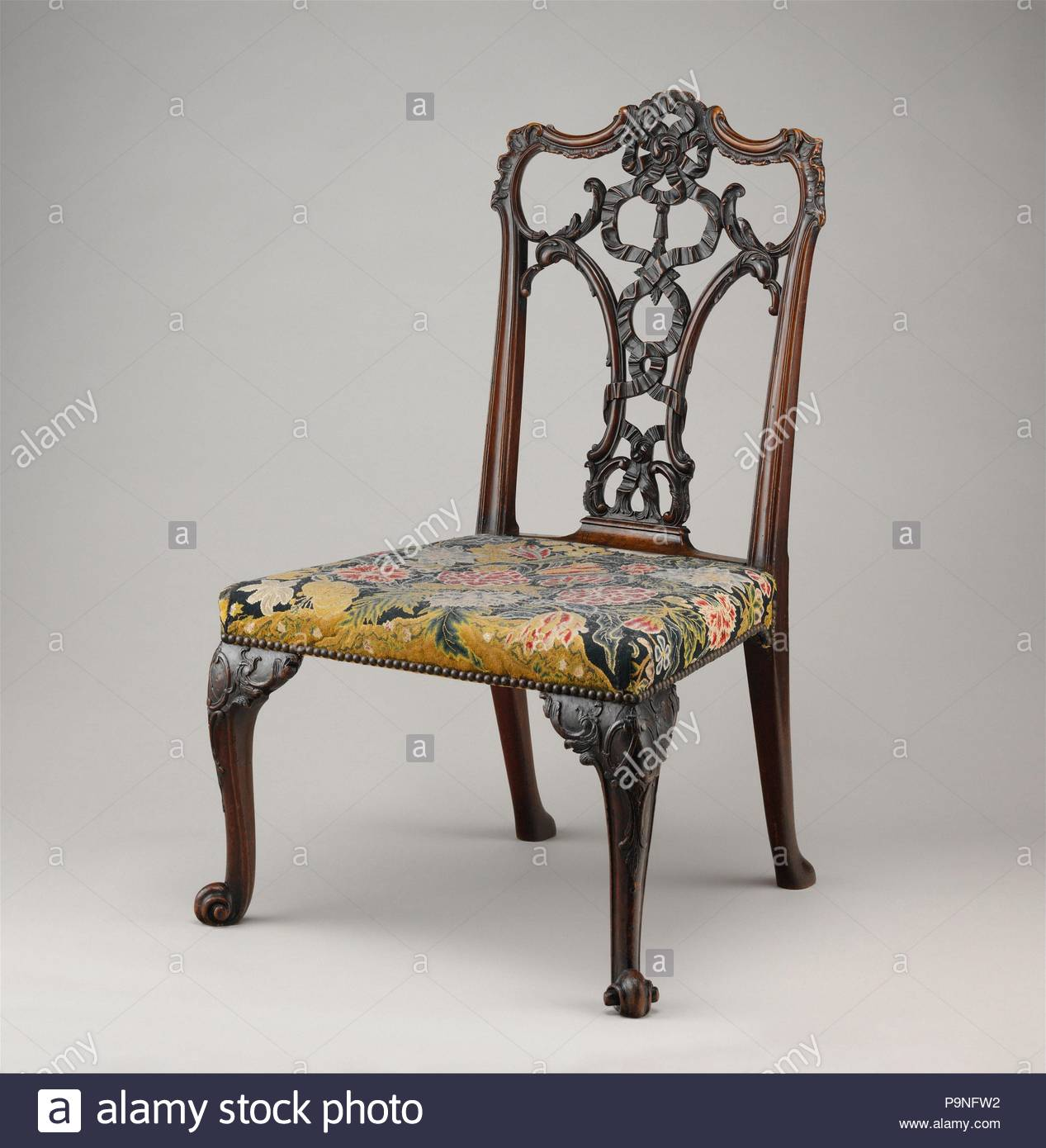 Fauteuil Chippendale Latest Gros Fauteuil Ancien Style