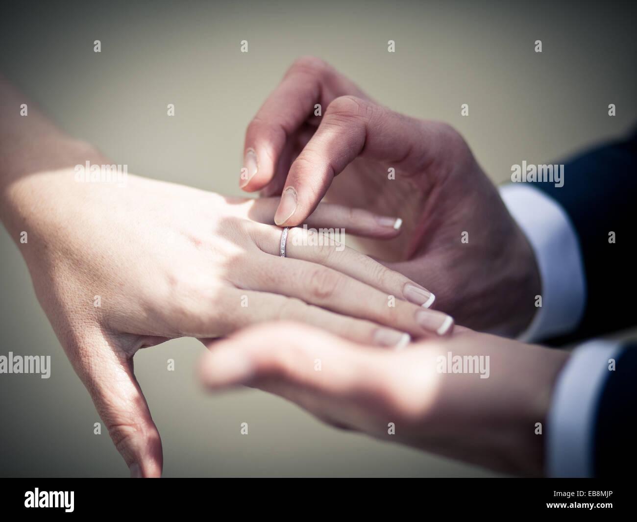 Fede Nuziale Immagini Fede Nuziale Fotos Stock Alamy