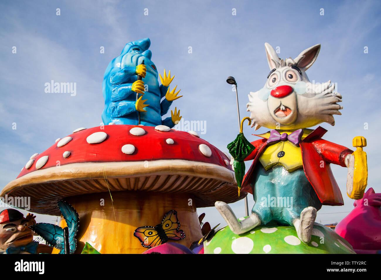 Alice In Wonderland Characters Immagini Alice In