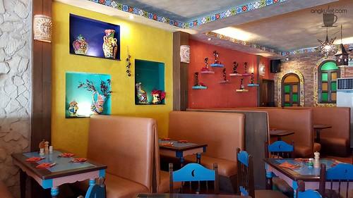Mooon Cafe, Silliman University Avenue, Dumaguete City, Philippines