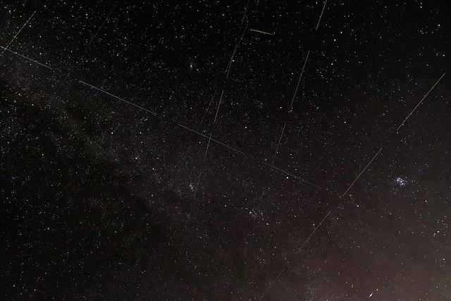 衛星流星コンポジット