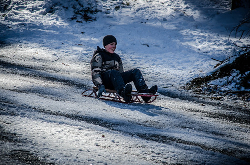 Neighborhood Sledding-010