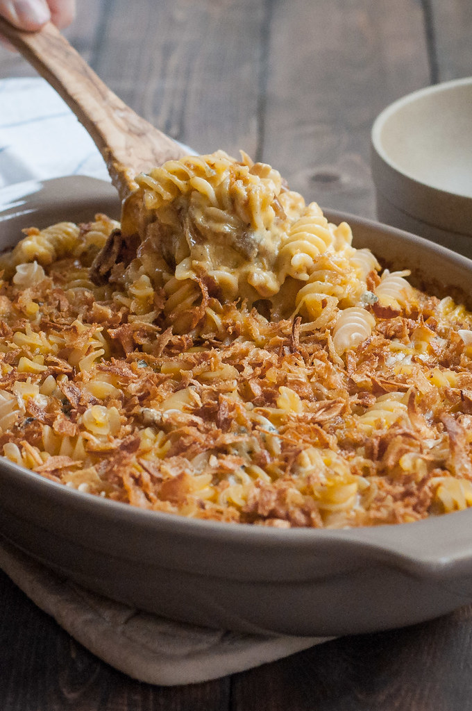 Healthier caramelized onion mac and cheese