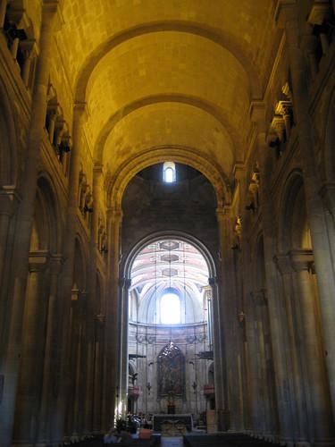 Interior de la Catedral de Lisboa. ViajerosAlBlog.com.