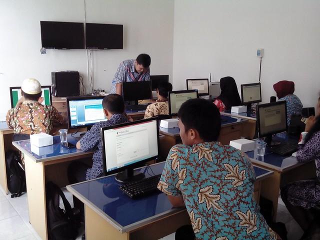 Suasana Bimtek PPID di ruang training Dishubkominfo(22/11)