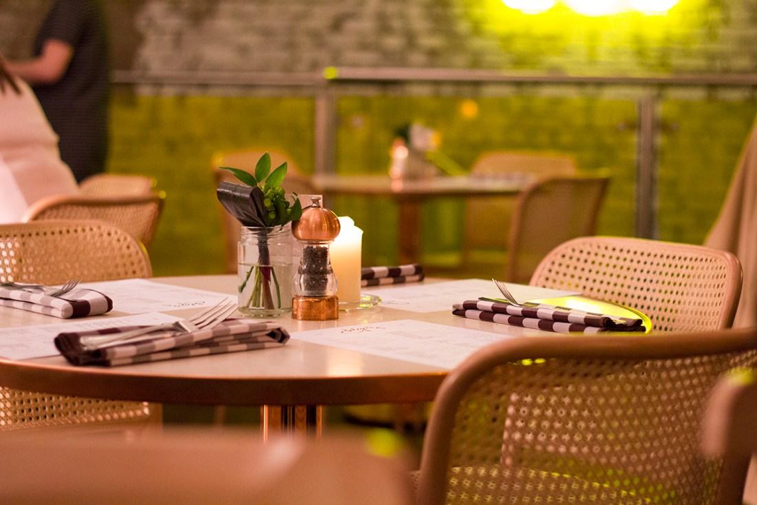 evelyns-cafe-bar-manchester-review