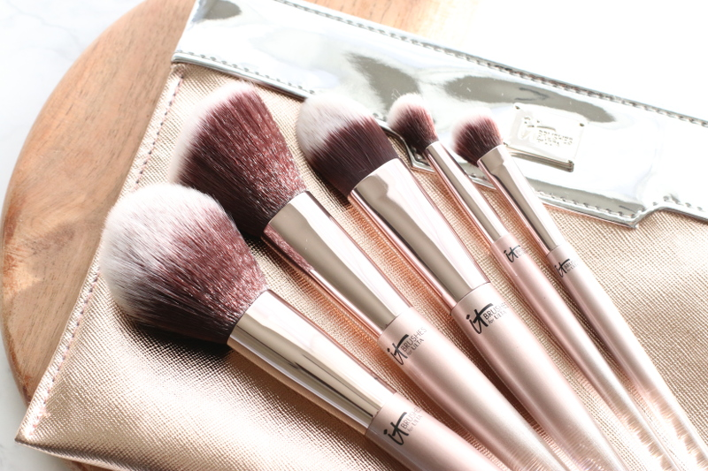 it-cosmetics-makeup-brushes-11