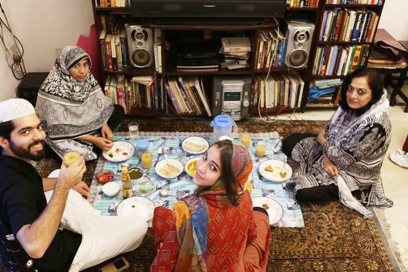 City Food - Sadia Dehvi's Iftar Fast Food, Hazrat Nizamuddin East