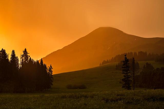 Tukuhnikivatz Sunset