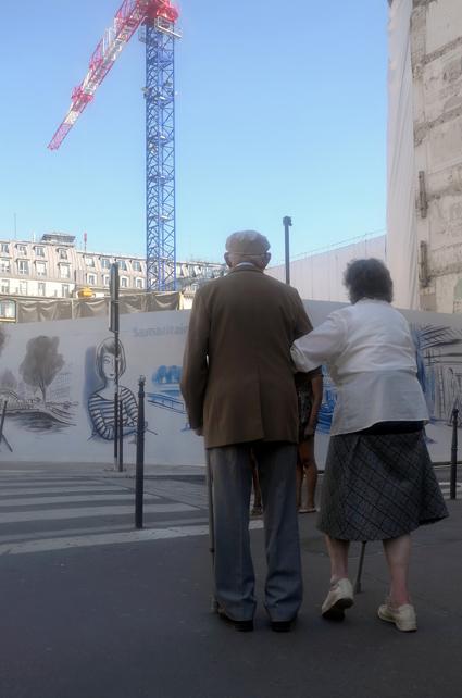 16g07 Rue Montmartre Rivoli tarde veraniega_0033 variante Uti 425