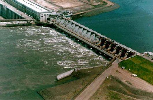 Energía hidráulica o hidroeléctrica.