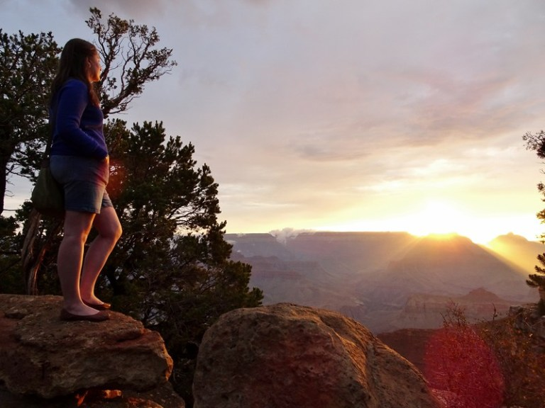 Grand Canyon sunrise - the tea break project solo travel blog