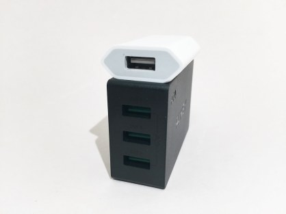 Chargeur AUKEY 3 USB PA-U35 + chargeur iPhone