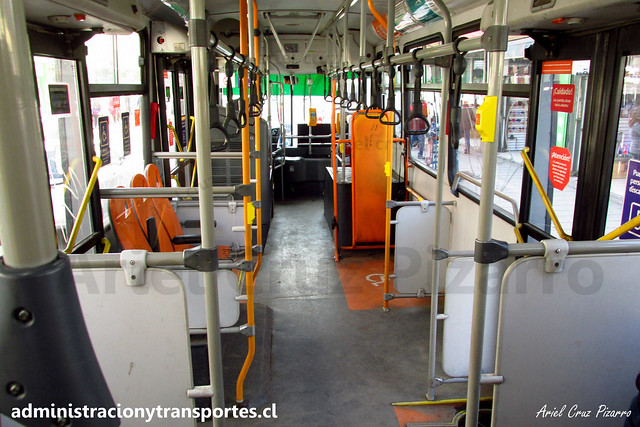 Transantiago | Buses Vule - I09 | Caio Mondego H 13.2 - Mercedes Benz / FLXK17 (Biportal / 4 Puertas)